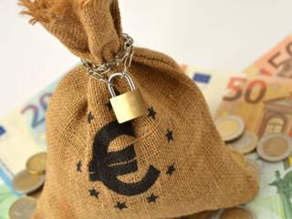 Zajmom za rešavanje finansijskih problema