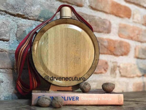 drvene-hrastove-cuture-sa-gravurom-big-3