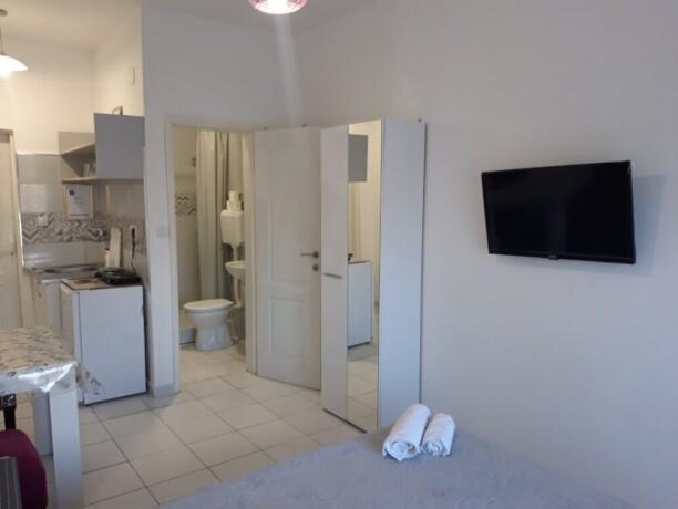 studio-apartmani-stan-na-dan-ledine-big-3
